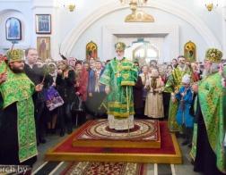 В канун праздника Входа Господня в Иерусалим митрополит Павел совершил всенощное бдение в Свято-Духовом кафедральном соборе города Минска