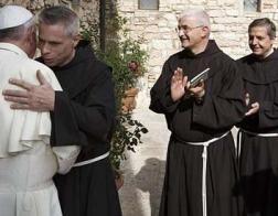 Францисканские лидеры попросили Папу Франциска разрешить, чтобы во главе монашеских орденов могли быть не-священники
