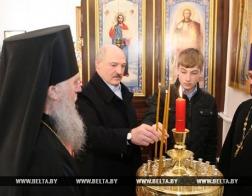 В праздник Пасхи Христовой Глава государства посетил храм Преображения Господня в городе Барань