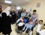 В праздник Пасхи Святейший Патриарх Кирилл посетил Российскую детскую клиническую больницу в Москве