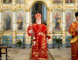 Патриарший Экзарх возглавил торжественное Пасхальное богослужение в Свято-Духовом кафедральном соборе города Минска