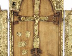 Древний реликварий из Эчмиадзина выставили в армянском соборе Москвы