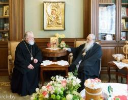 Митрополит Филарет и митрополит Павел обменялись поздравлениями с Пасхой Христовой