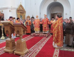 В пятницу Светлой седмицы митрополит Павел возглавил Литургию в Полоцком Спасо-Евфросиниевском монастыре