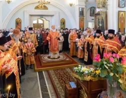 В канун Антипасхи Патриарший Экзарх совершил всенощное бдение в Свято-Духовом кафедральном соборе города Минска