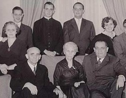 В Риме открылась выставка, рассказывающая об эмиграции семьи Папы Франциска из Италии в Аргентину