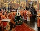 В понедельник Светлой седмицы Предстоятель Русской Церкви совершил Литургию в Успенском соборе Московского Кремля