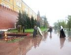 Предстоятель Русской Православной Церкви возложил венок к могиле Неизвестного солдата у Кремлевской стены