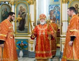 В Неделю о расслабленном митрополит Павел совершил Литургию в Свято-Духовом кафедральном соборе города Минска