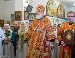 Патриарший Экзарх и священнослужители Белорусской Православной Церкви совершили Божественную литургию и молебное пение о страждущем народе Украинской Православной Церкви
