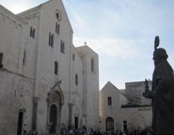Паломники из России прибыли в Бари для поклонения мощам святого Николая