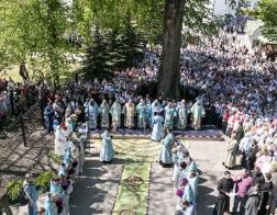 Патриарший Экзарх возглавил торжества по случаю праздника Жировичской иконы Божией Матери