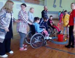 Спортивный праздник «Играем вместе» для детей с ограниченными возможностями прошел в Солигорске