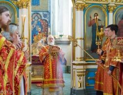 В Неделю о слепом митрополит Павел совершил Литургию в Свято-Духовом кафедральном соборе города Минска