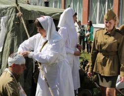 Православные братчики и сестры милосердия приняли участие в реконструкции боевых действий времен Великой Отечественной войны