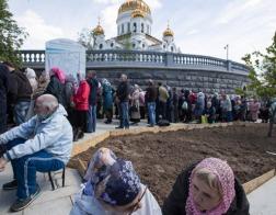 Более 45 тысяч человек поклонились в Москве мощам Николая Чудотворца