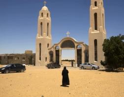 Коптские христиане обвиняют египетские власти в бездействии после последнего теракта