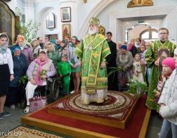 В праздник Пятидесятницы Патриарший Экзарх совершил Литургию в Свято-Духовом кафедральном соборе города Минска