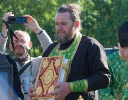 Крестный ход, посвященный 100-летию начала подвигов новомучеников Церкви Русской, пересек границу Беларуси и России