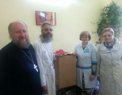Православные добровольцы передали Борисовской районной больнице концентратор кислорода