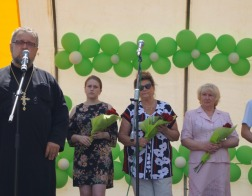 Клирики Свято-Троицкого прихода в Боровлянах приняли участие в чествовании заслуженных медиков