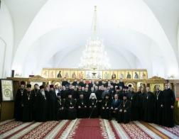 Патриарший Экзарх вручил дипломы выпускникам Минской духовной семинарии