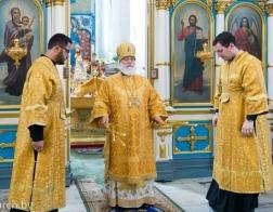 В праздник Собора Белорусских святых митрополит Павел совершил Литургию в Свято-Духовом кафедральном соборе города Минска