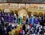 Предстоятель Русской Церкви совершил Литургию в Троицком храме подмосковного Реутова