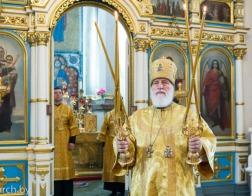 В Неделю 4-ю по Пятидесятнице Патриарший Экзарх совершил Литургию в Свято-Духовом кафедральном соборе города Минска