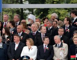 Митрополит Павел присутствовал на параде по случаю Дня Независимости