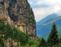 Патриарх Варфоломей вновь не сможет совершить Литургию в день праздника Успения в монастыре Панагия Сумела