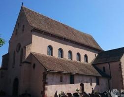 У ковчега самых почитаемых святых жен в Эшо прошел православный молебен