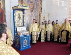 В один из храмов Бухареста доставлена часть мощей преподобного Антония Великого