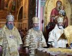 Блаженнейший митрополит Онуфрий молитвенно почтил память святых апостолов Петра и Павла в Киево-Печерской лавре