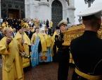 В Москве состоялись торжественные проводы ковчега с частью мощей святителя Николая Чудотворца