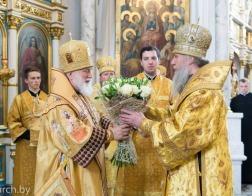 В день памяти апостолов Петра и Павла Патриарший Экзарх возглавил Литургию в Свято-Духовом кафедральном соборе города Минска