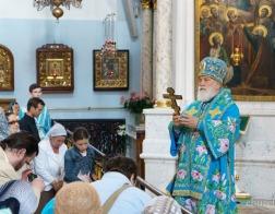В день праздника Казанской иконы Божией Матери митрополит Павел совершил литургию в Свято-Духовом кафедральном соборе города Минска