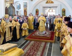 Накануне Недели 7-й по Пятидесятнице митрополит Павел совершил всенощное бдение в Свято-Духовом кафедральном соборе города Минска