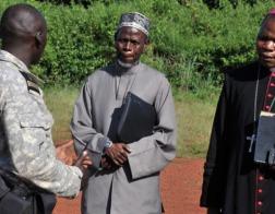 Католический собор предоставил кров 2000 мусульман после вспышки насилия в Центральноафриканской Республике