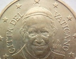 В Ватикане считают, что реформа финансов изменила отношение к деньгам в Римской курии
