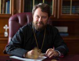 Митрополит Иларион: Церковь никогда не выступала за запрет обучения за границей