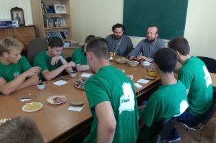 Волонтеры Лидчины посетили кафедральный собор г. Лида в рамках республиканской благотворительной акции «Восстановление святынь Беларуси»