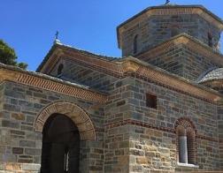 Ученики старца Паисия Святогорца строят храм в его честь в келии на Святой Горе Афон