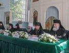 В Воскресенском Новодевичьем монастыре Санкт-Петербурга проходит круглый стол «Особенности устроения монашеской жизни в городских монастырях»