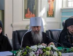 Епископ Борисовский и Марьиногорский Вениамин принял участие в работе круглого стола «Особенности устроения монашеской жизни в городских монастырях»