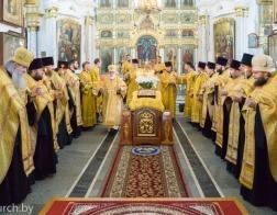 В канун Недели 10-й по Пятидесятнице митрополит Павел совершил всенощное бдение в Свято-Духовом кафедральном соборе города Минска