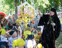 Епископ Гомельский и Жлобинский Стефан принял участие в славянском культурном фестивале «Спасаўскі кірмаш»