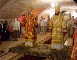 Архиепископ Брестский Иоанн и епископ Люберецкий Серафим совершили торжественное богослужение в Николаевском храме Брестской крепости