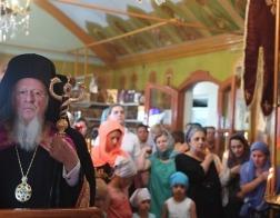 Патриарх Варфоломей совершил богослужение на подворье Афонского Пантелеимонова монастыря в Стамбуле