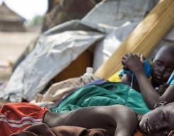 Более миллиона беженцев из Южного Судана спасаются бегством в Уганде